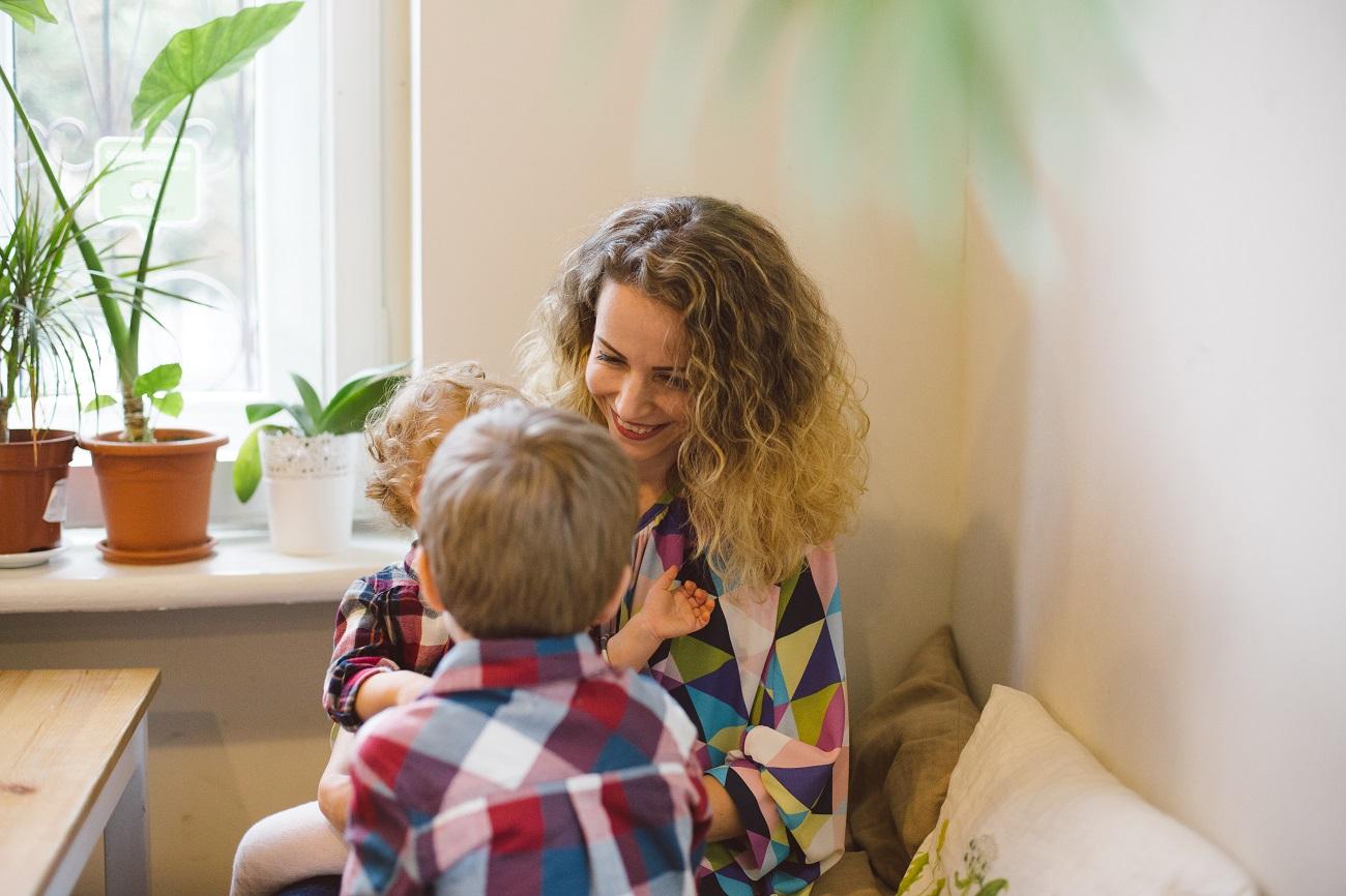 blog cristina otel, bonă prin agenție, cea mai rea mamă, lectii primite de la copii, metodele moderne de parenting